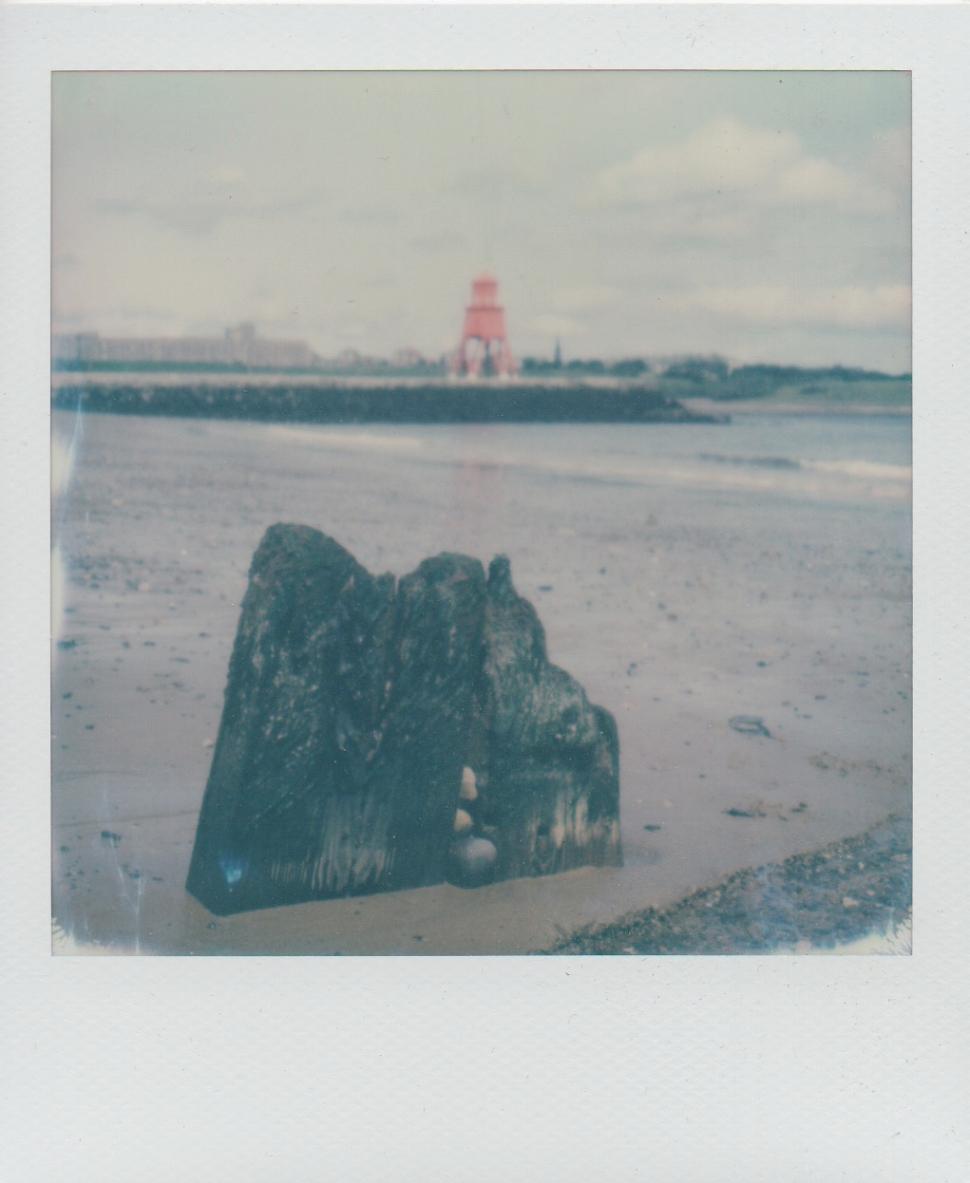 14 Herd Groyne Lighthouse