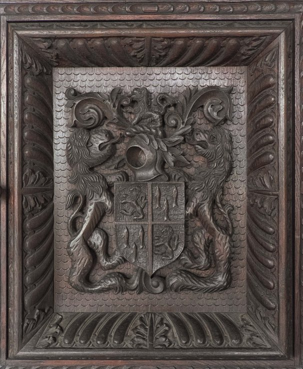detail~The Duke's crest of arms