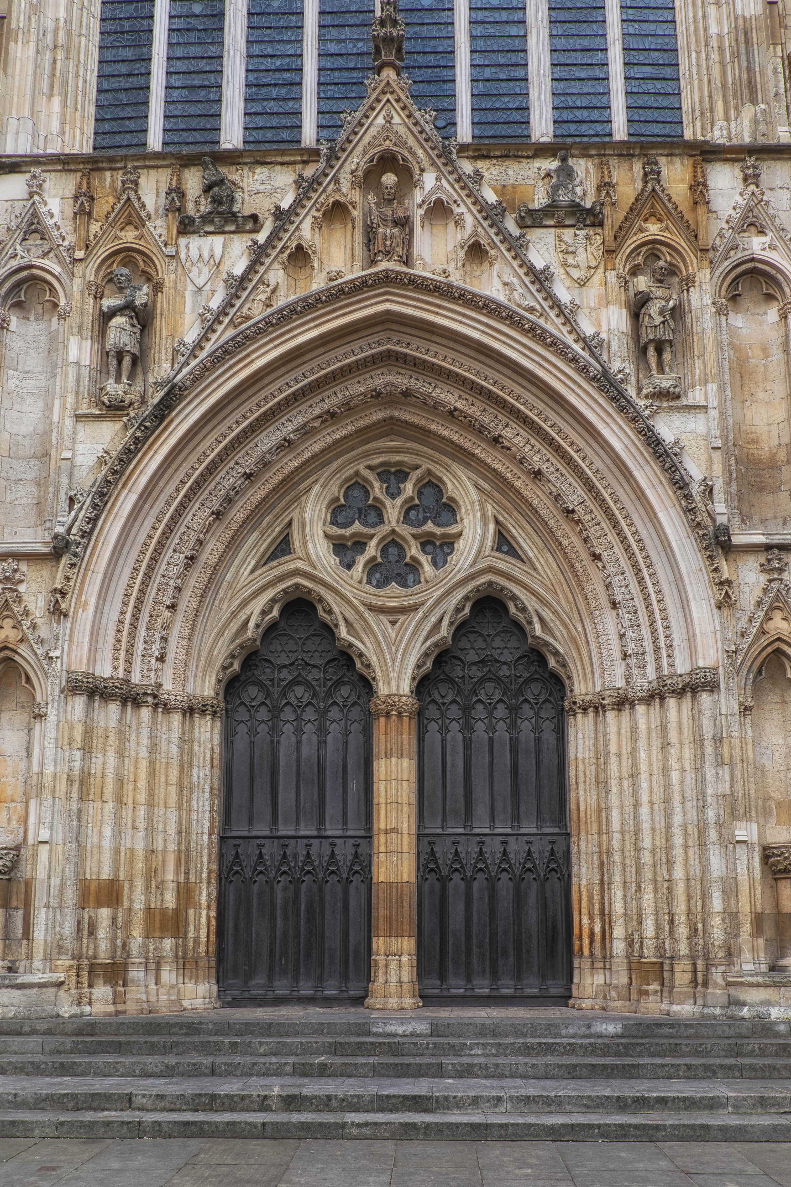 The York Report 7 York Minster Exterior Fraggle