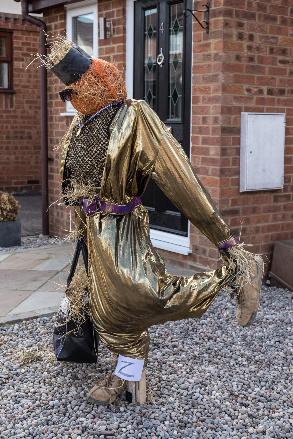 scarecrows-17