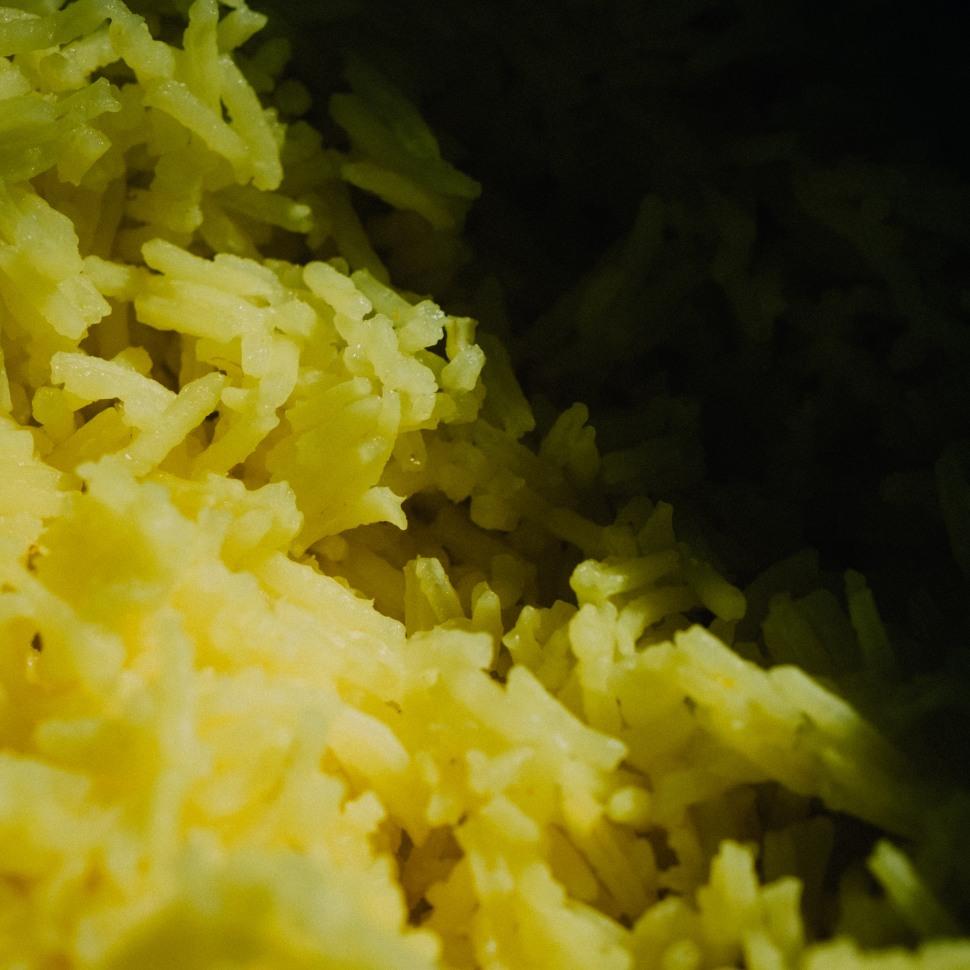 boiled basmati rice with turmeric